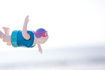 Swimming - p454m1065527 by Lubitz + Dorner