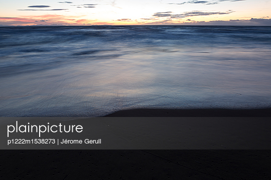 Sonnenuntergang - p1222m1538273 von Jérome Gerull