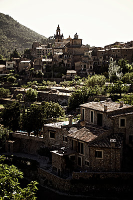 Mountain village in Majorca - p1065m1183397 by KNSY Bande