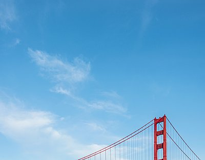 Partial view of Golden Gate Bridge, San Francisco, USA - p429m1135559 by JLPH