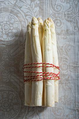 Asparagus - p954m1128864 by Heidi Mayer