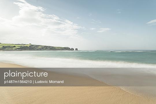 p1487m1564210 von Ludovic Mornand