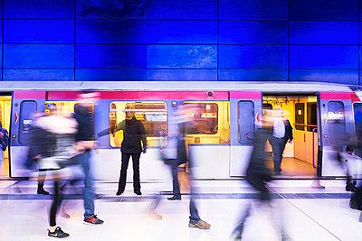 U-Bahn Hafencity - p1222m1026354 von Jérome Gerull
