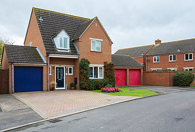 Wohnhaus - p1057m855135 von Stephen Shepherd
