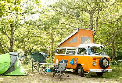 Campingbus - p249m970454 von Ute Mans