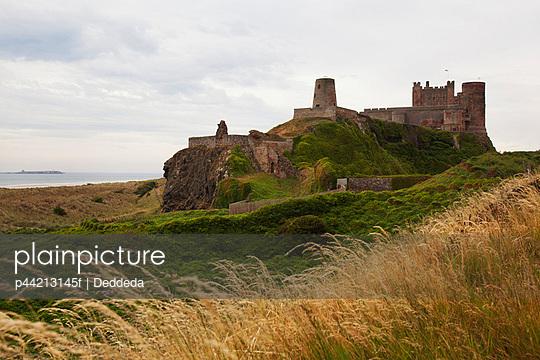 the bamburgh castle; berwick-upon-tweed, bamburgh, england