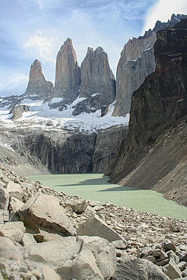 Torres Del Paine peaks - p1408m1465100 by Guy Nesher
