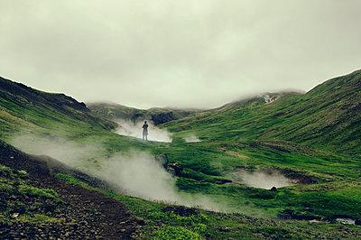 Heiße Quellen in Island - p470m1465370 von Ingrid Michel
