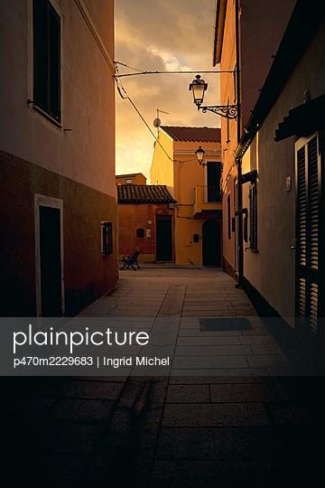 Altstadt von La Maddalena - p470m2229683 von Ingrid Michel