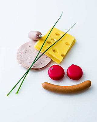 Sausage and cheese - p1053m826713 by Joern Rynio