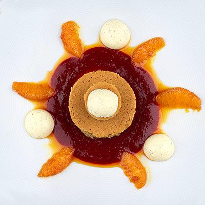 Gourmet-Dessert - p1376m1573629 von Melanie Haberkorn