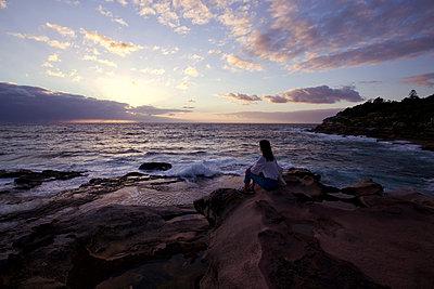 Watching the sun rise - p1399m2065859 by Daniel Hischer