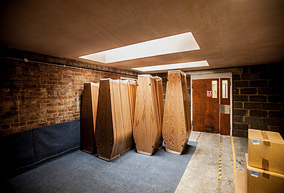 Funeral parlour room - p686m931215 by Paul Tait