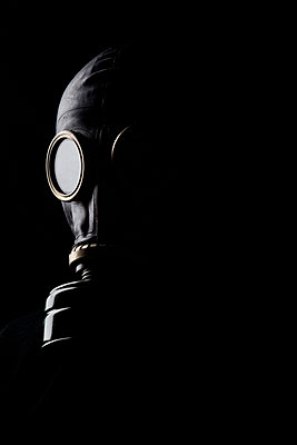 Man with gas mask on - p3300425 by Harald Braun