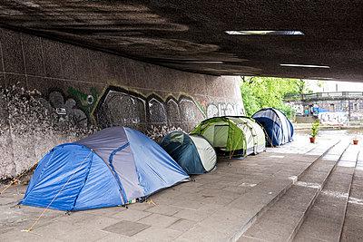 Obdachlosigkeit - p834m1137460 von Jakob Börner