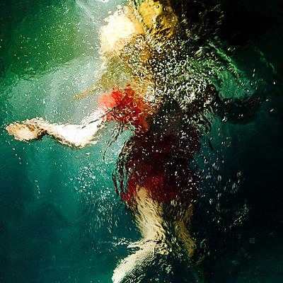 Underwater - p1375m1476892 by Alyz Tale