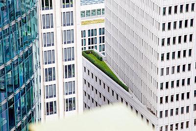 Urbanes Grün - p606m881719 von Iris Friedrich