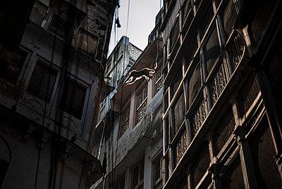 Varanasi - p1007m1060044 by Tilby Vattard
