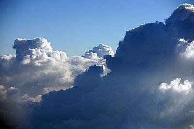 Wolken - p1016m742046 von Jochen Knobloch