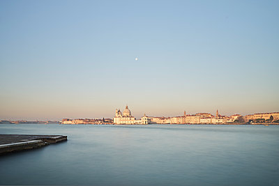 Sunrise in Venice - p1312m1575224 by Axel Killian