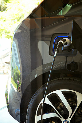 Electric Car Charging - p669m927485 by Jutta Klee photography