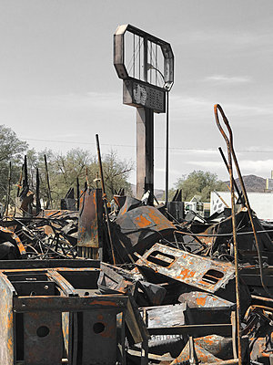 Fire damaged motel in California, USA - p1048m2025407 by Mark Wagner