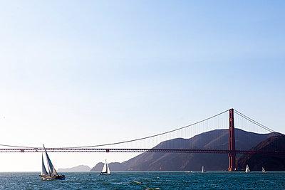 Golden Gate Bridge - p756m891567 von Bénédicte Lassalle