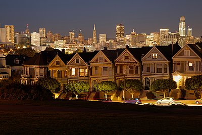Painted Ladies - p1399m1528872 by Daniel Hischer