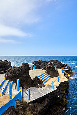 Pool at the seaside - p1299m1584253 by Boris Schmalenberger