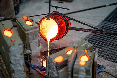 Madrid Spain, Lost wax bronze casting - p300m2286926 von Oscar Carrascosa Martinez