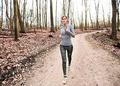Sport - p890m1214167 von Mielek