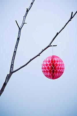 Honeycomb ball - p1149m1492896 by Yvonne Röder
