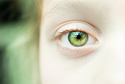 Green eye - p954m853367 by Heidi Mayer