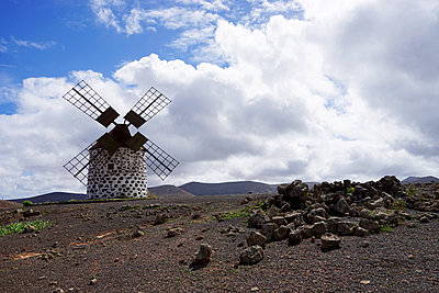 Windmill near La Oliva on Fuerteventura - p162m1160150 by Beate Bussenius