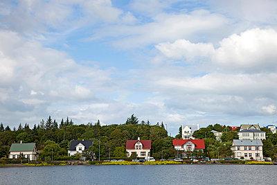 Wohnhäuser in Reykjavik - p382m1497014 von Anna Matzen
