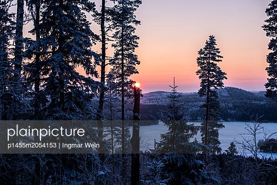 Sonnenuntergang in Finnland - p1455m2054153 von Ingmar Wein