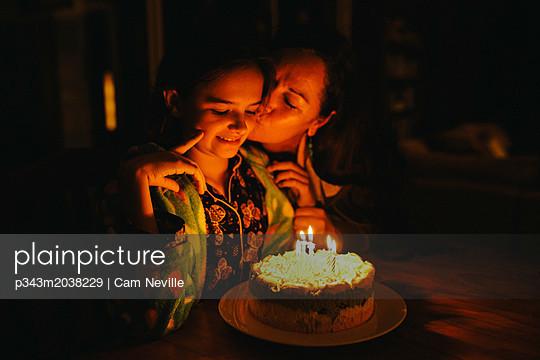 p343m2038229 von Cam Neville
