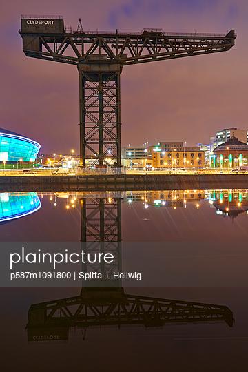 Glasgow - p587m1091800 by Spitta + Hellwig