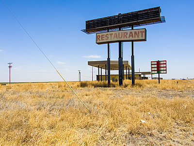 Route 66 Service station - p1120m925667 by Siebe Swart