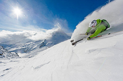 Powder turn in front of the camera, Hintertuxer glacier, Zillertal, Austria - p1316m1202839 by Michael Neumann