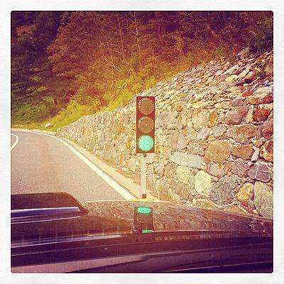Italy, Aosta Valley, green traffic light at Great St Bernard Pass - p300m1009071f by Gaby Wojciech