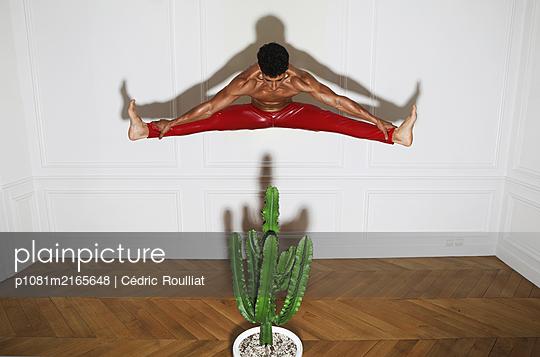 p1081m2165648 by Cédric Roulliat