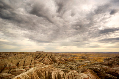 View of canyon in Badlands National Park - p1154m1217542 by Tom Hogan