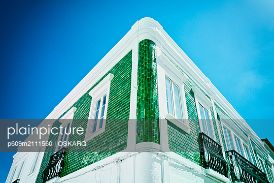Ceramic green tiled traditional house facade lagos - p609m2111560 by OSKARQ