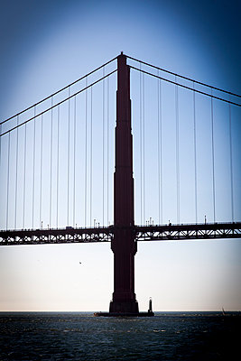 Golden Gate Bridge - p756m891562 von Bénédicte Lassalle
