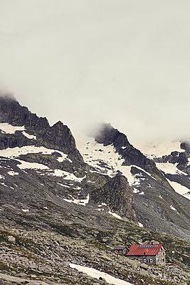 Alpine hut in Lombardy - p1305m1138651 by Hammerbacher
