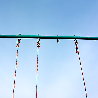 Swing on a hill - p8130198 by B.Jaubert