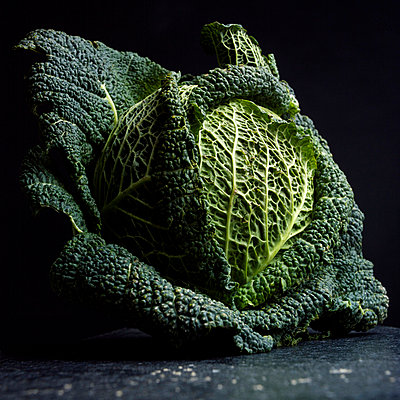 Savoy cabbage - p8130491 by B.Jaubert