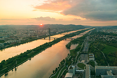Aerial view of Vienna with Danube river - p1332m1488214 by Tamboly