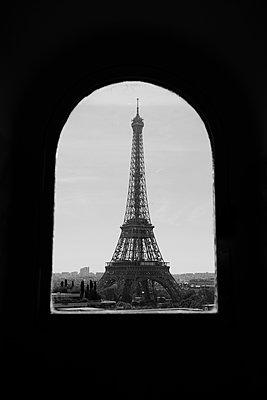 Blick auf den Eiffelturm - p1411m2057736 von Florent Drillon